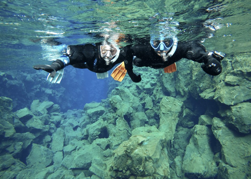 Snorkeling between two continents